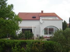 I&A House