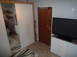 Zimmer Laatzen in geteilter Wohnung
