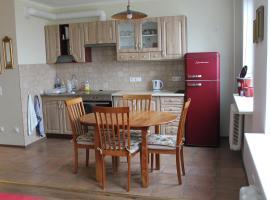 Happy Home Apartment
