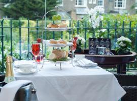 红色康乃馨蒙塔古花园酒店,位于伦敦的酒店