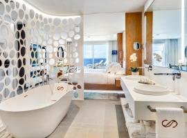 巴塞罗酒店集团皇家海德威科拉莱斯海滩成人酒店, 阿德耶