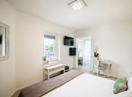 Riviera Carducci Rooms