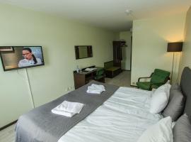 乌兰格酒店和餐厅, Ullanger