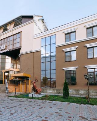 阿拉贡酒店