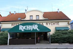 Pension & Restaurace Na Rychtě