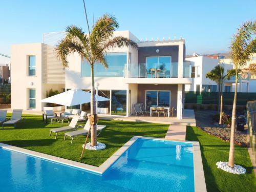 10 for Villas en calpe con piscina