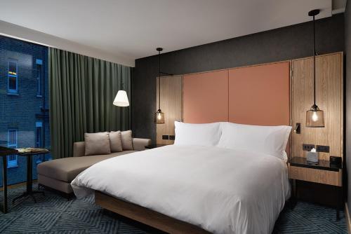 伦敦河畔希尔顿酒店