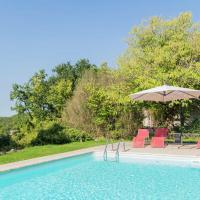 Holiday Home with Private Pool in Montaigu-de-Quercy,位于Montaigu-de-Quercy的酒店