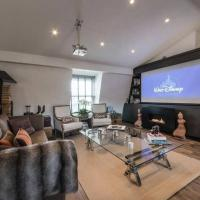 Interior Designed Chelsea 3 bed Apartment London