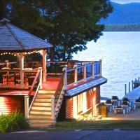 朱莉安娜度假酒店,位于乔治湖的酒店