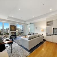 A Cozy 2BR Apt on Collins Near Bourke St Mall