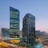 广州文华东方酒店,位于广州的酒店