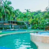 阿沃卡棕榈树酒店,位于阿沃卡海滩的酒店