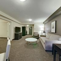 海岸坎卢普斯酒店及会议中心,位于坎卢普斯的酒店