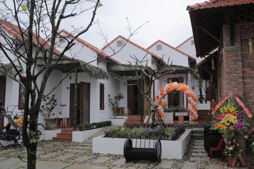Hue Riverside Villa