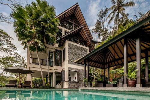 Villa Naha Putih