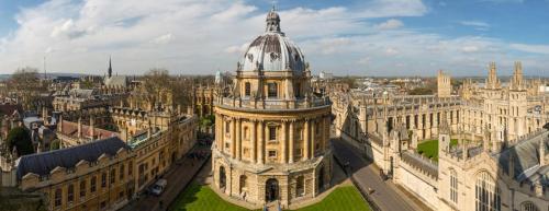 Oxford Apartment