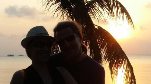 ROBERT & ANI