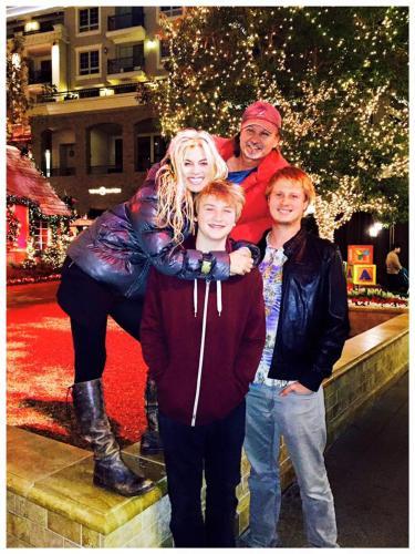 Tihana, Matko & the family